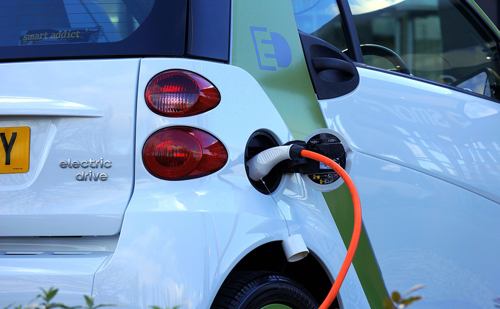 Which low-carbon mobility in France?