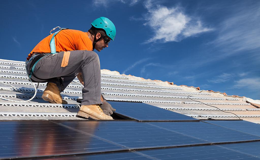Légère hausse des emplois dans les activités environnementales en France
