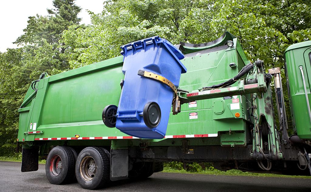 Comment l'économie circulaire permet une gestion des déchets efficace et écologique ?